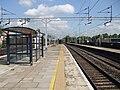Bushey station mainline platforms look north2.JPG