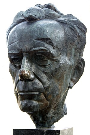 Paul Tillich - Bust of Tillich by James Rosati in New Harmony, Indiana