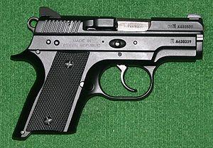 Resultado de imagem para Pistola CZ 2075 RAMI