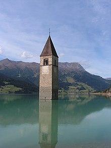 Il campanile sommerso del Lago di Resia.