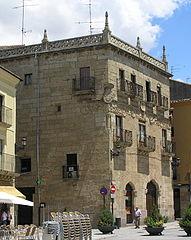 Casa del Primer Marqués de Cerralbo (vista desde el oeste).jpg