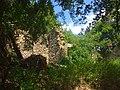 Case diroccate del borgo di Largnano - panoramio.jpg