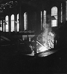 Cecil Beaton Photographs- Tyneside Shipyards, 1943 DB83.jpg