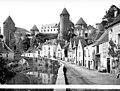 Château - Vue d'ensemble sur la rivière - Semur-en-Auxois - Médiathèque de l'architecture et du patrimoine - APMH00002412.jpg
