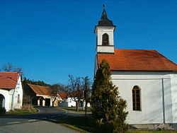 Chapel in Koječín, part of Čepřovice village.jpg