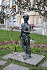 Statue en bronze de Chaplin à Vevey (Suisse)