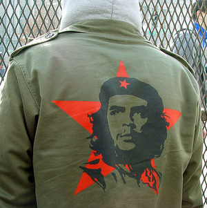 Che Guevara in fashion - A Che jacket being worn at a Bush inauguration protest in 2005