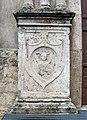 Chiesa di San Pietro martire - Rieti - portale principale, bassorilievo sinistra 02.jpg