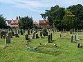 Churchyard, Holy Trinity, Loddon - geograph.org.uk - 911942.jpg