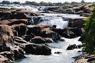 Félou Falls