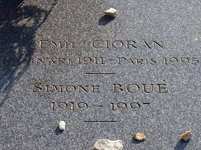 Надгробие Чорана на кладбище Монпарнас