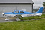 Cirrus SR22 'N451JF' (44341699084).jpg