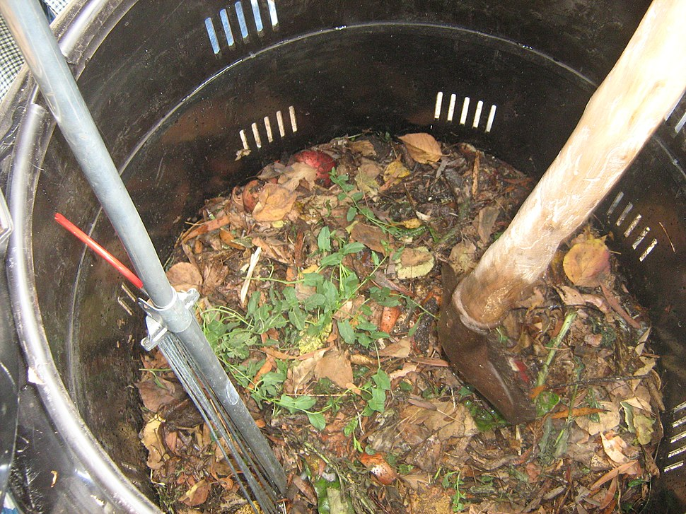 Composting in the Escuela Barreales