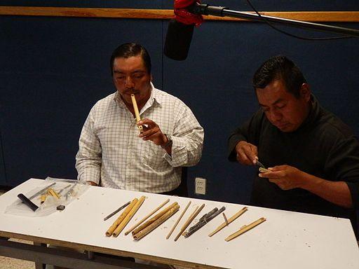 Construcción de flautas.