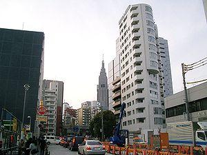 Tokyo Metro Fukutoshin Line - Construction at Kitasandō Station, 2006