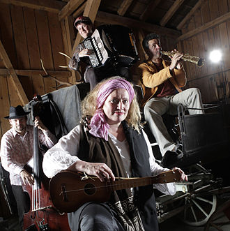 Corin Curschellas - Corin Curschellas together with Albin Brun, Patricia Draeger and Claudio Strebel Spring 2012 («La Grischa»).