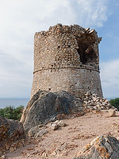 Corse Roccapina tour genoise.jpg
