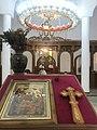 Crkva Svete Trojice u selu Lovci, enterijer (02).jpg