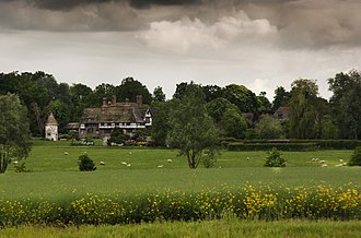 Crowhurst, Surrey - Image: Crowhurst Place Geograph 2978142 by Carl Ayling