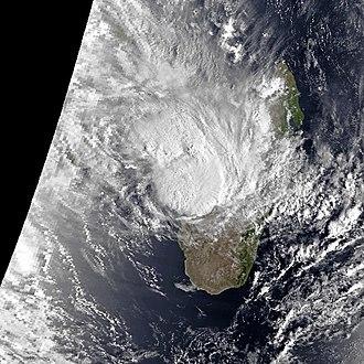 1990–91 South-West Indian Ocean cyclone season - Image: Cynthia Feb 17 1991 0346Z