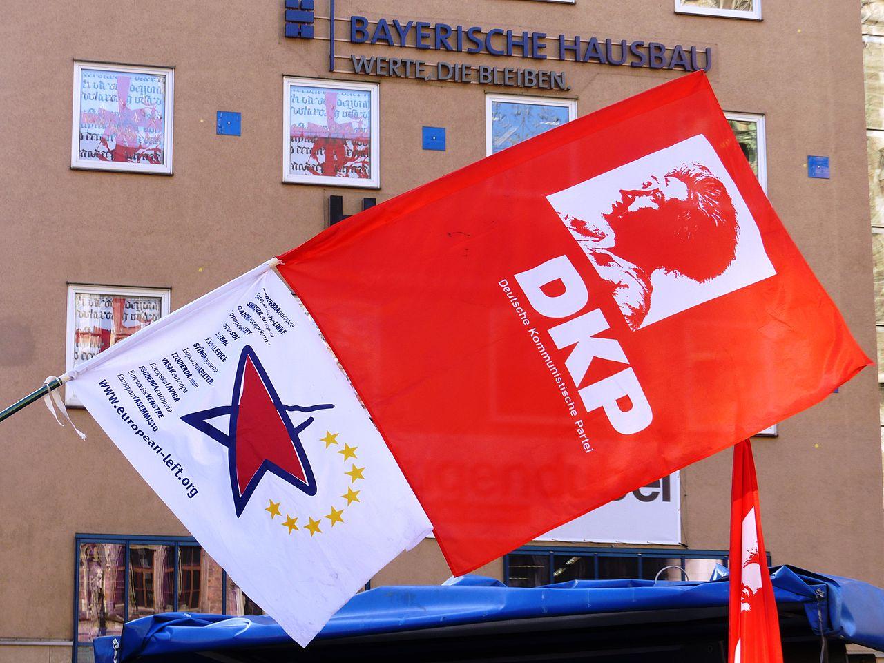 DKP Fahne (12268727743).jpg