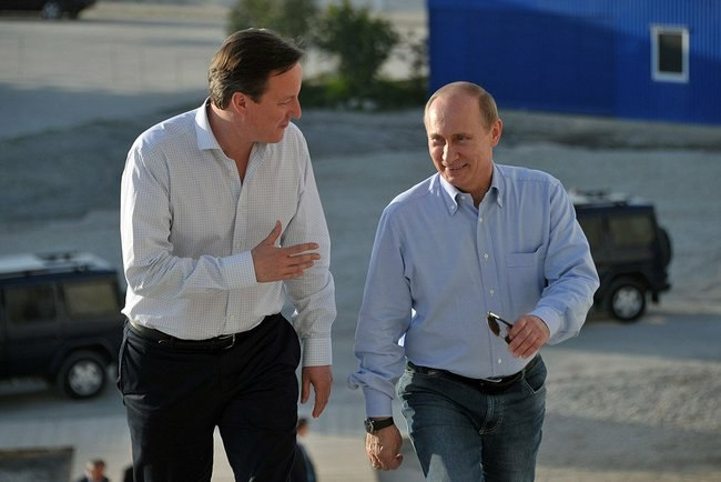David Cameron and Vladimir Putin 10 May 2013.jpeg