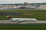 Delta N989DL McDonnell-Douglas MD88 ATL April 2015 (29310299027).jpg