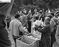 Demonstratie van Duitse mijnwerkers in Bonn tegen sluitin van mijnen in het Roer, Bestanddeelnr 910-7025.jpg