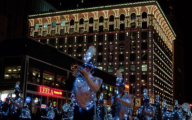 File:Denver Gas and Electric Company - Denver Parade of Lights 2009.jpg