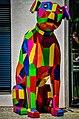 Der Hund, das Logo von Electrola, als Kunstwerk vor der Münchner Niederlassung (9801595125).jpg