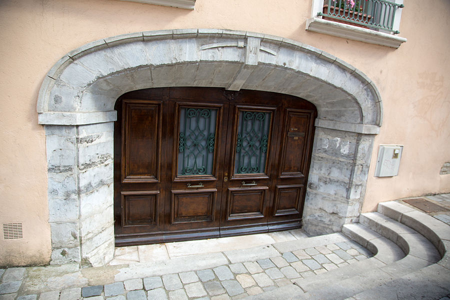 Doors of Lyon, France 23.jpg