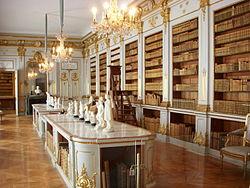 Drottningholms slott biblioteket 2011x.jpg