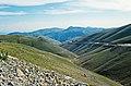 Eğribel Gecidi 09 2002 Blick über die zertalten Hochfächen bei Kümbet.jpg