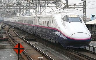 Hayate (train) - Image: E2 J74 Yamabiko 216 Omiya 20110206