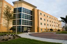 Embry–Riddle Aeronautical University, Daytona Beach - Wikipedia