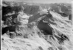 ETH-BIB-Fibbia, Lucendropass, Piz Lucendro, Cavannapass, Tessiner Berge, Christalina v. N. aus 3800 m-Inlandflüge-LBS MH01-002410.tif