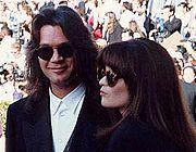 Eddie Van Halen and Valerie Bertinelli on the red carpet at the Emmy Awards 1993.