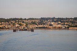 Edmonds, Washington from the water 01.jpg