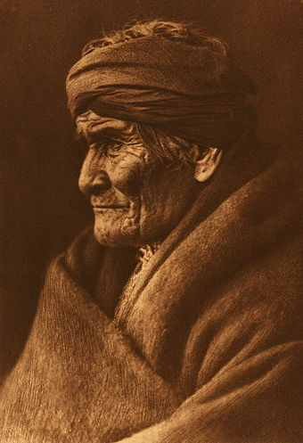 Portrait of Geronimo by Edward S. Curtis, 1905 Edward S. Curtis Geronimo Apache cp01002v.jpg