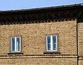 Eichenstraße Arbeiterwohnhäuser 5-23 Dachgeschoßfenster.jpg
