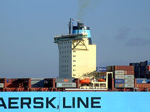 Eleonora Maersk p8 9321500, leaving Port of Rotterdam, Holland 25-Jan-2007.jpg