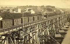 Elgeseter bridge between 1864 and 1884.jpg