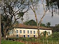 Em detalhe, uma antiga fazenda colonial de propriedade particular em Indaiatuba Ago 2010. - panoramio.jpg