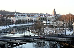 Emajõgi and Võidu bridge.jpg