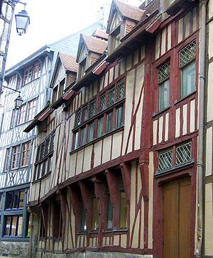History of Rouen - 14th century timber framing, rue du Petit Mouton