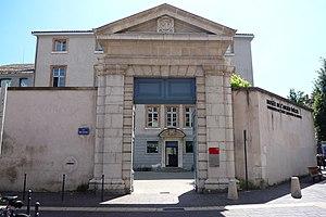 Musée de l'Ancien Évêché - The Ancien Evêché Museum entrance