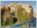 Entrata Siracusa nord - Iblei, grotta, casa antica.png