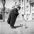 Férfi és kutya 1952, Bakáts tér. Fortepan 106.jpg
