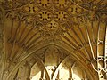 Fan vaulting, Tewkesbury Abbey - geograph.org.uk - 1037549.jpg