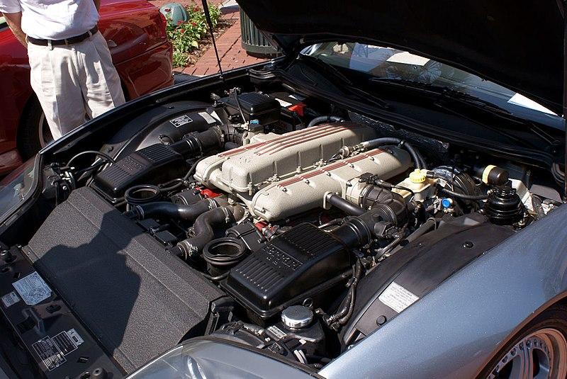 File:Ferrari 550 2000 Maranello Engine CECF 9April2011 (14414486607).jpg